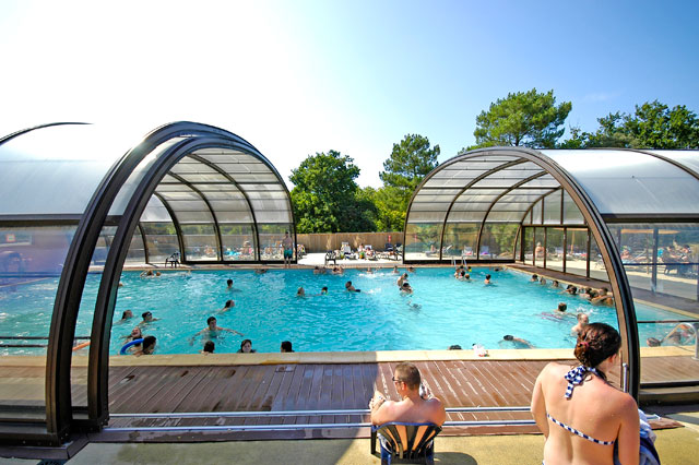 Camping avec piscine soulac sur mer le palace for Camping cabourg avec piscine